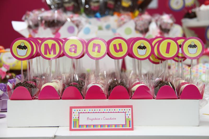 Você está visualizando as imagens da galeria: Cupcakes