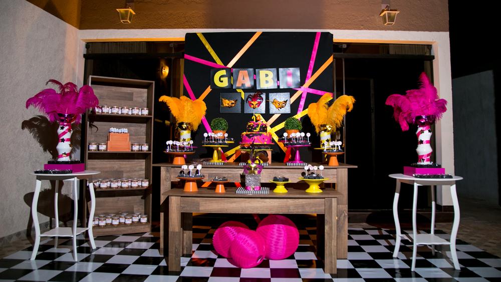 Você está visualizando as imagens da galeria: Festa Fantasia