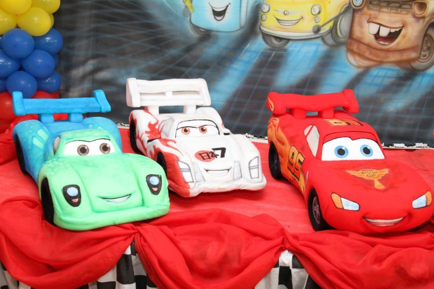 Você está visualizando as imagens da galeria: Carros 2