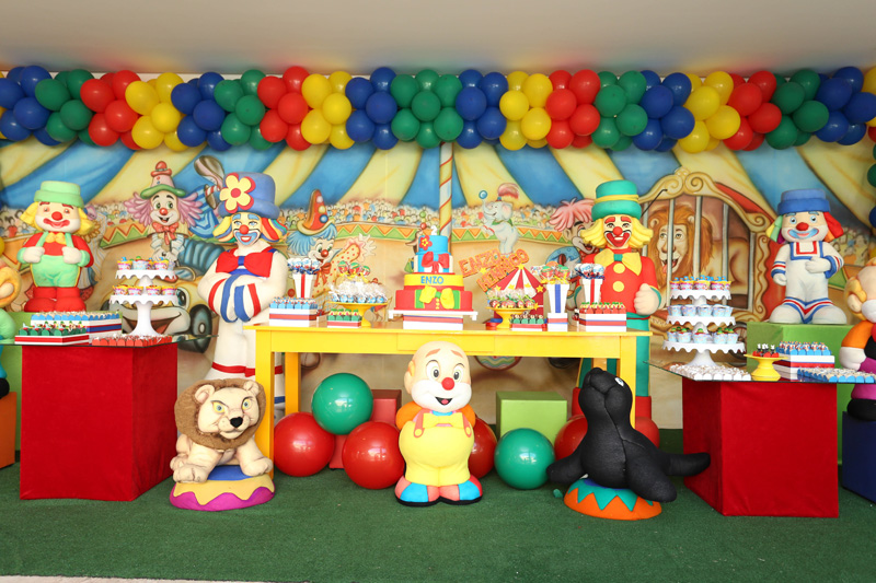 Você está visualizando as imagens da galeria: Circo com Patati Patata