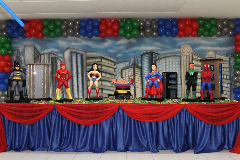 Você está visualizando as imagens da galeria: Super Heróis